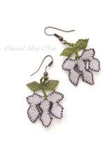 シルクイーネオヤピアス 伝統的モチーフ・ブドウ 薄紫×紫