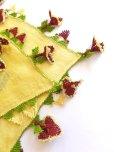 画像6: ベルガマ・コザック 木版アンティークオヤスカーフ シルク糸イーネオヤ クリームイエロー×ボルドー3枚花