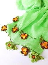 ボリュームたっぷり☆手編みのお花☆ふんわりコットンショール|ライトグリーン
