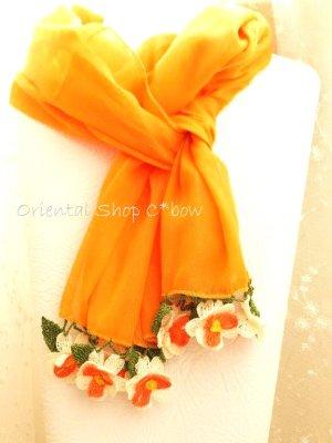 画像1: 手編みのお花☆細長スカーフ|オレンジ×ホワイト