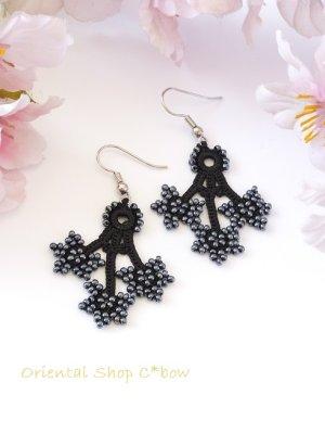 画像1: ボンジュックオヤピアス:3つ花|ブラック