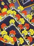 画像3: バルッケシル:大判トゥーオヤスカーフ|濃紺×イエローレッド