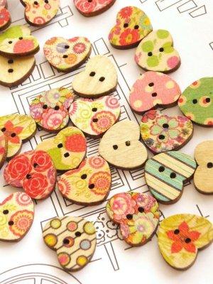 画像1: 木製:ウッドプリントボタン|ハート|10個