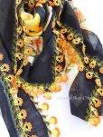 画像3: バルッケシル:大判トゥーオヤスカーフ|ブラック×コーラルオレンジ・イエロー
