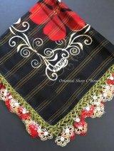 バルッケシル:大判メキッキオヤ・トゥーオヤスカーフ|化繊|ブラック×赤クリーム