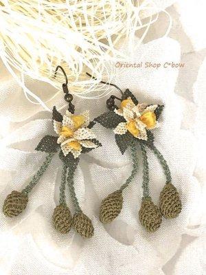 画像4: シルクイーネオヤピアス|花付き3つオリーブ