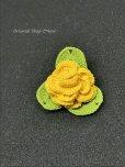 画像6: バラの小さいブローチ|人工シルク糸|イエロー
