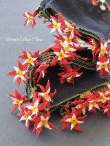 オデミシュ:イーネオヤスカーフ|お花:レッド