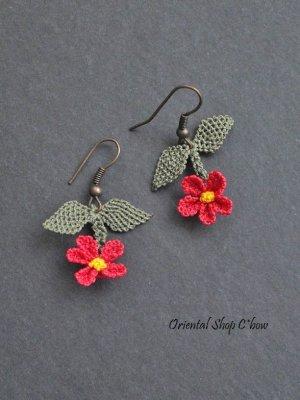 画像3: シルクイーネオヤピアス ゆらゆら小花(葉) パッションピンク