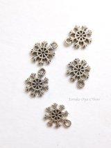 金属パーツ|雪の結晶