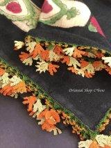 イズミール・ヴィンテージ|木版アンティークオヤスカーフ|シルク糸イーネオヤ|ブラック・木版可愛い