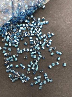 画像3: 三角ビーズ|アクアブルー・シルバーライン|2.5mm|10g