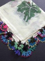 イズニック|アンティークオヤスカーフ・大ぶりイーネオヤ(シルク糸)|珍品モチーフミックス