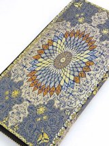 トルコ絨毯柄|ファスナー長財布