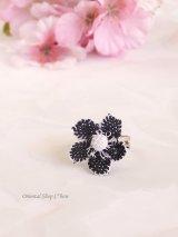 シルクイーネオヤリング|一輪の花|黒