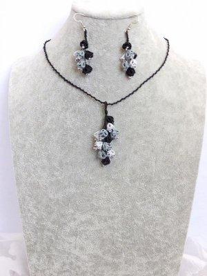 画像2: メキッキオヤネックレス:ゆらゆら小花|ブラック・グレー系